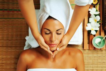 Tretmani lica - kozmetički salon Iris, Rijeka